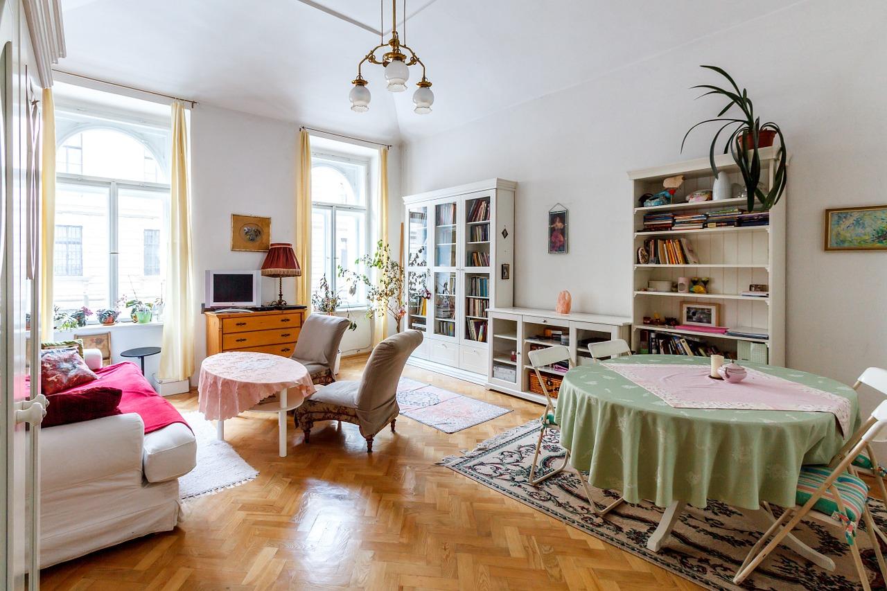 Czy i jak negocjować zakup wynajmu mieszkania?